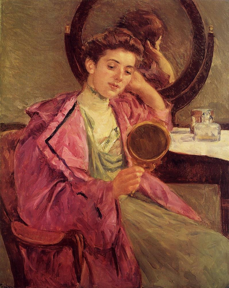 woman-at-her-toilette