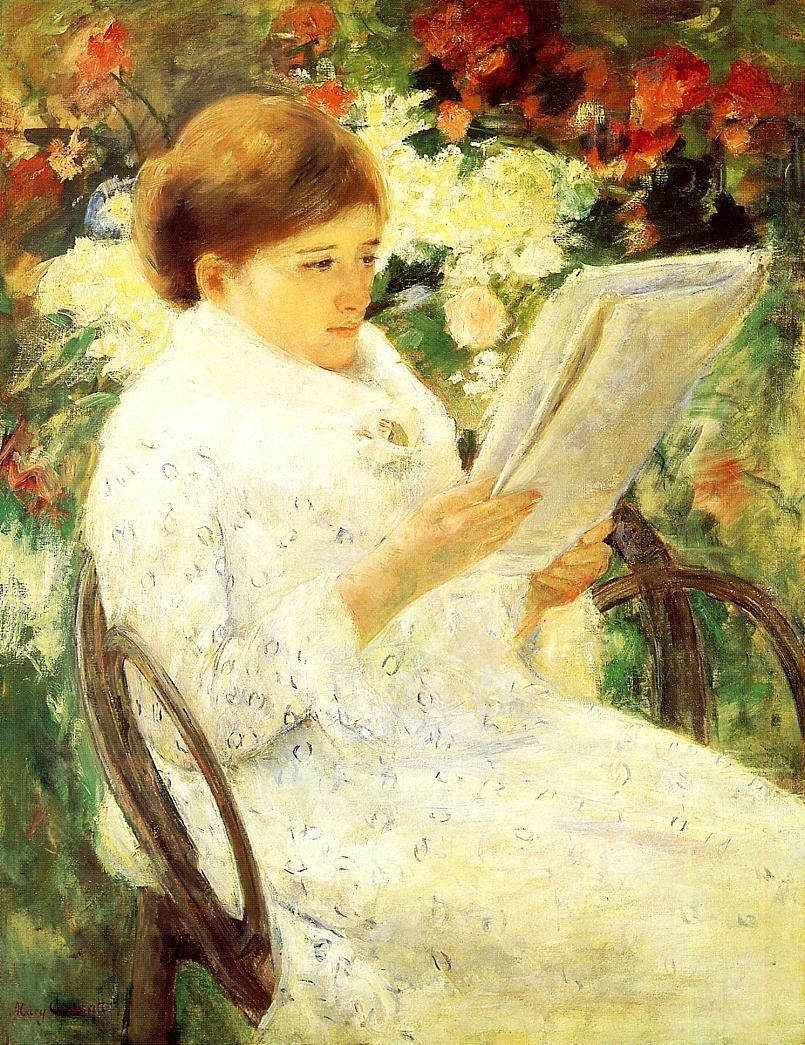 woman-reading-in-a-garden