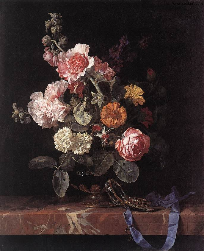 vase-of-flowers-with-watch
